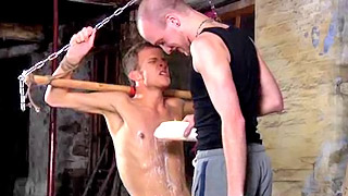 Kinky skinny gay bloke got his back waxed by his dominant lover