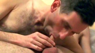 Hairy amateur next door guy loves to suck