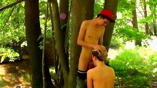 Amazing dyed blonde guy sucks cock outdoors