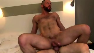 Nice hairy bloke holds his meat while riding