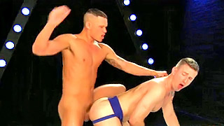 Passionate gay studs have fantastic and romantic sex