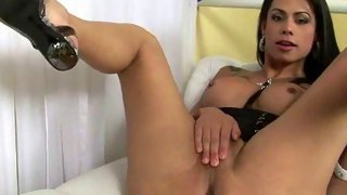 Hot tgirl stretching sexy anal cavity for the camera