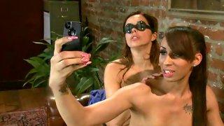 Raunchy tgirl lets honey enjoy her hard dick in tranny porn